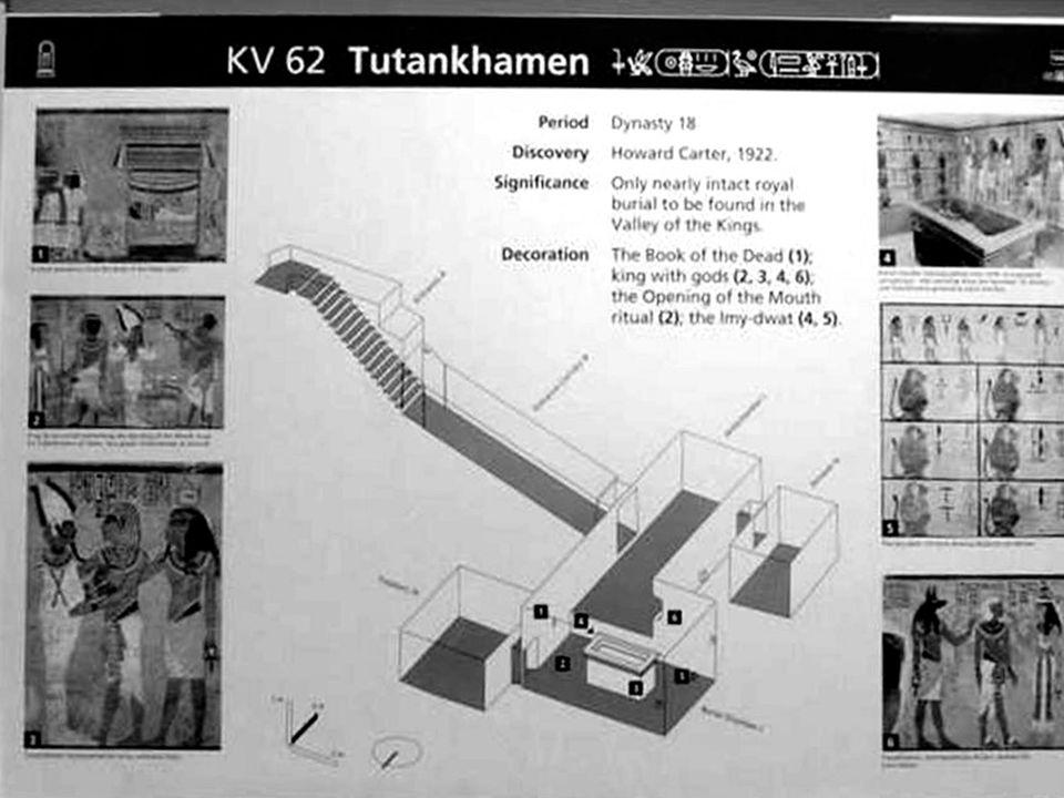 Pohřební chrámek na canopy, kterou chrání 4 bohové : Selket, Nemphsis, Isis a Neith