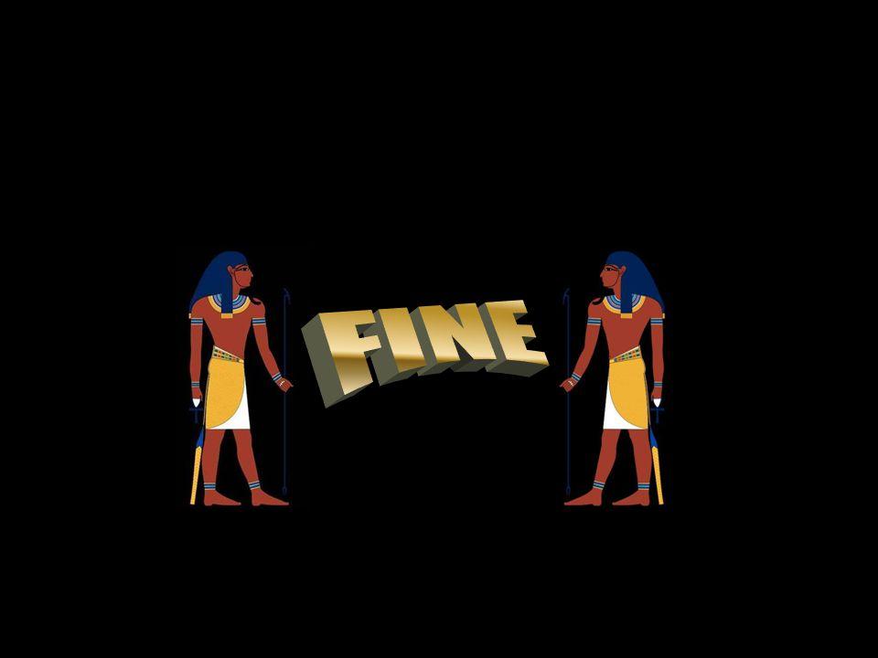 Dřevěná schránka na sarkofág se znaky faraóna
