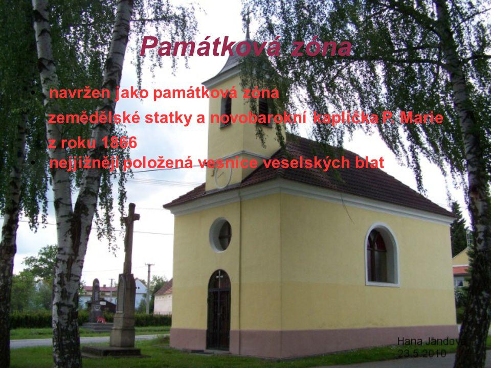 Památková zóna navržen jako památková zóna zemědělské statky a novobarokní kaplička P.