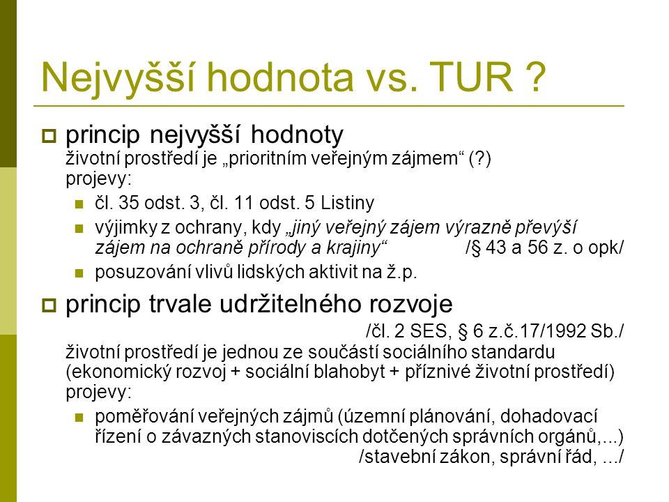 Nejvyšší hodnota vs. TUR .