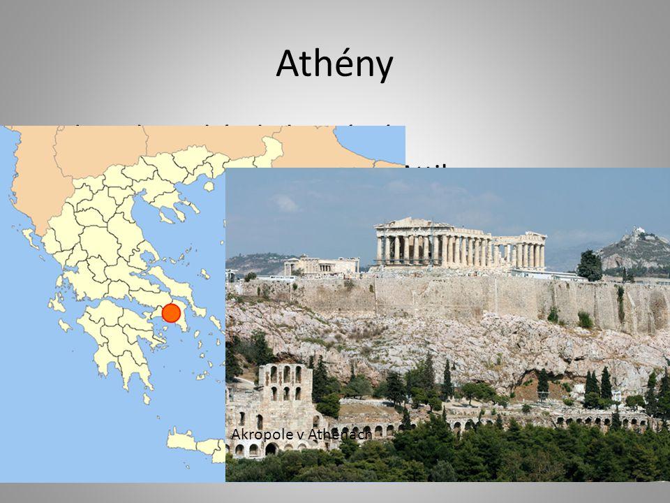 Athény demokratický a kulturní stát nacházel se na poloostrově Attika náboženským střediskem pahorek Akropolis pod ním čtvrtě řemeslníků a obchodníků