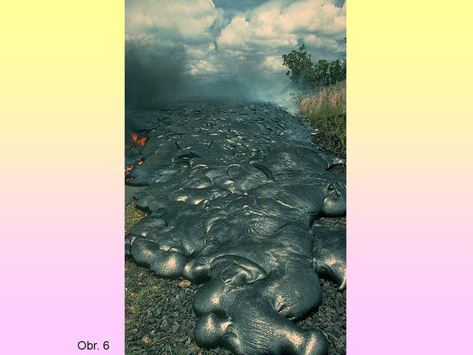 3.Korálové ostrovy ( atoly) V teplých mořích je vytváří živočichové korály.