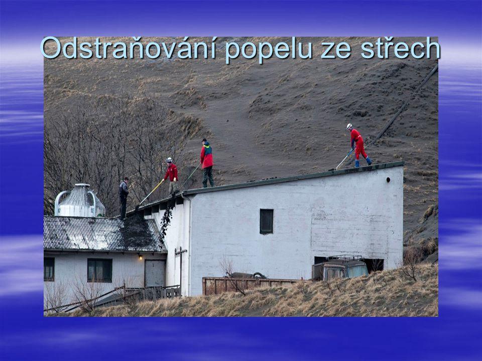 Odstraňování popelu ze střech