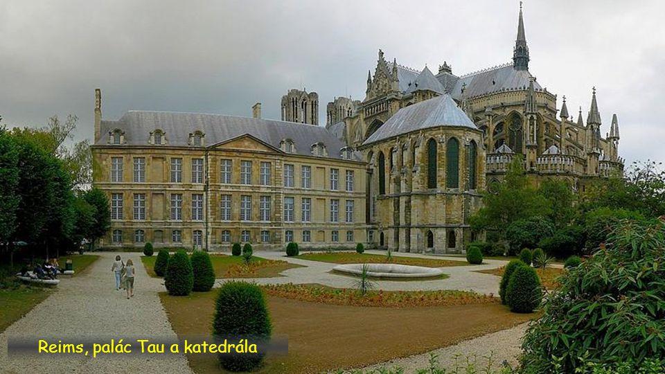 Reims, palác Tau a katedrála