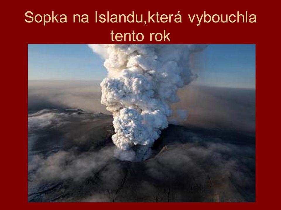 Starý lávový proud na Vinařické hoře u Kladna.