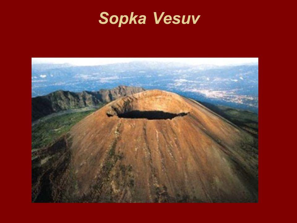 Bahenní sopka je cítit po vyvěrajících plynech, zejména po síře-(S) Princip bahenních sopek je jiný než u magmatických vulkánů.