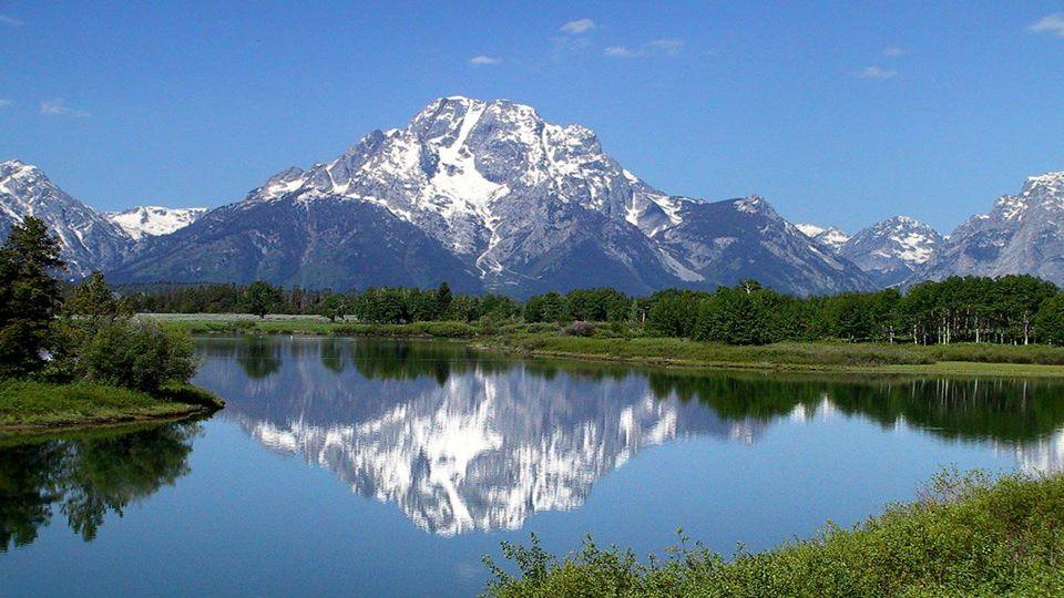 Yellowstone National Park Yelowstonský národní park je nejstarším, největším a nejnavštěvovanějším národním parkem v USA.