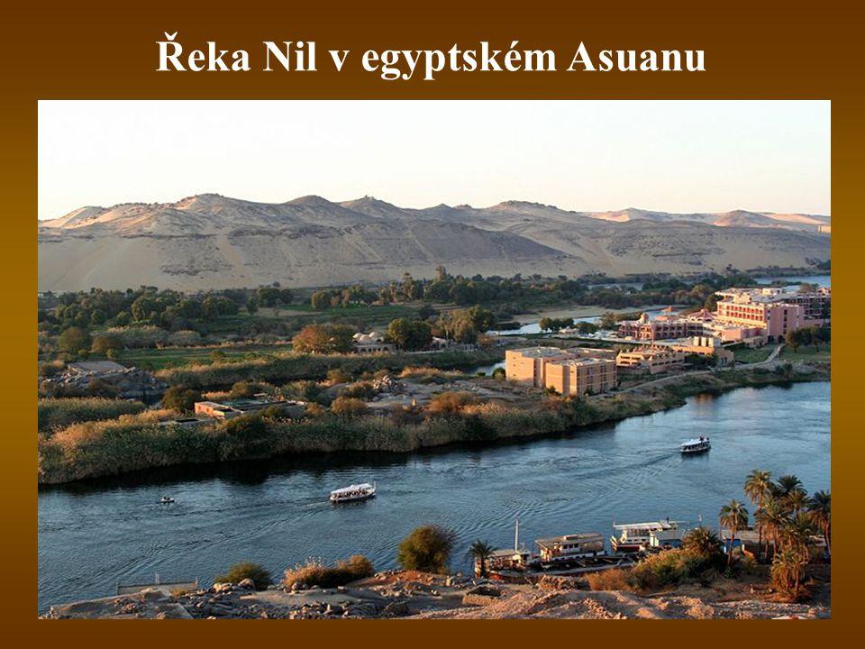 Řeka Nil v egyptském Asuanu