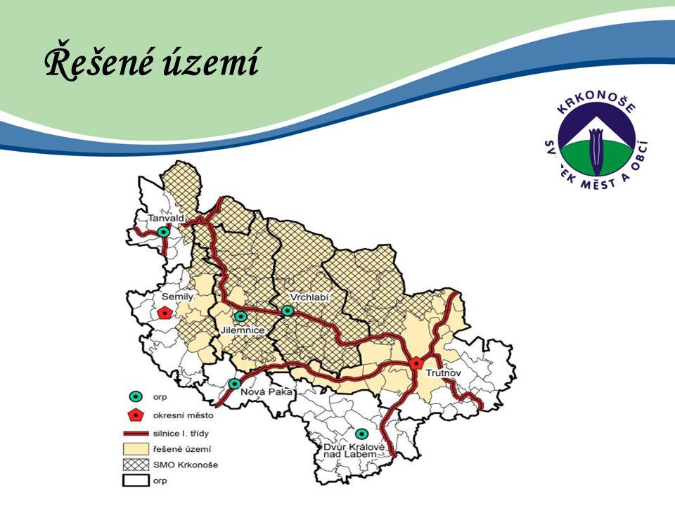 """Pilíře regionu Správa regionu - """"Dobře spravovaný region Infrastruktura a vybavenost - """"Vybavený region Životní prostředí a přírodní zdroje - """"Zelený region Hospodářství - """"Tvůrčí region Cestovní ruch - """"Turistický region UDRŽENÍ TRVALE ŽIJÍCÍCH OBYVATEL V REGIONU"""