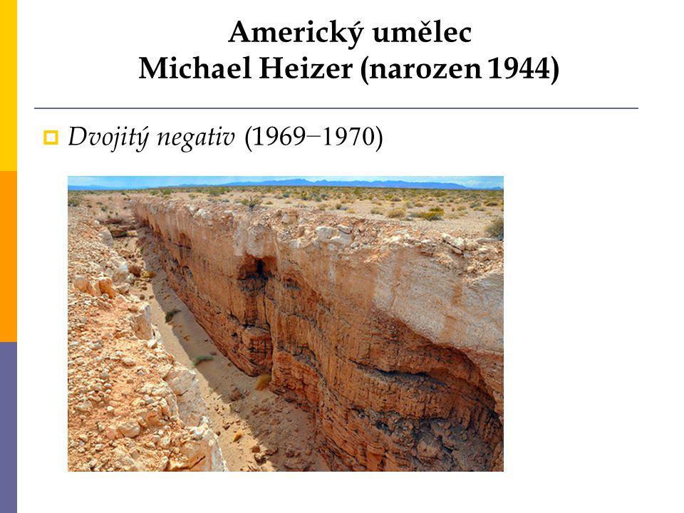Americký umělec Michael Heizer (narozen 1944)  Dvojitý negativ (1969 −1970 )