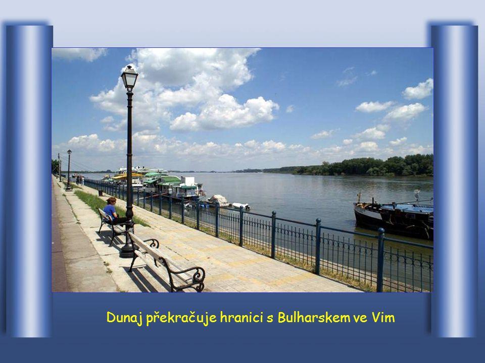Hranice Rumunska překračuje Dunaj u Turnu Severin