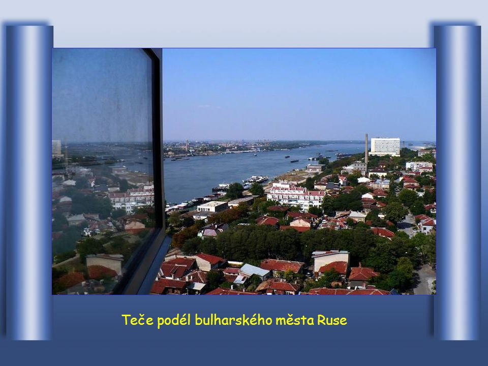 Dunaj překračuje hranici s Bulharskem ve Vim
