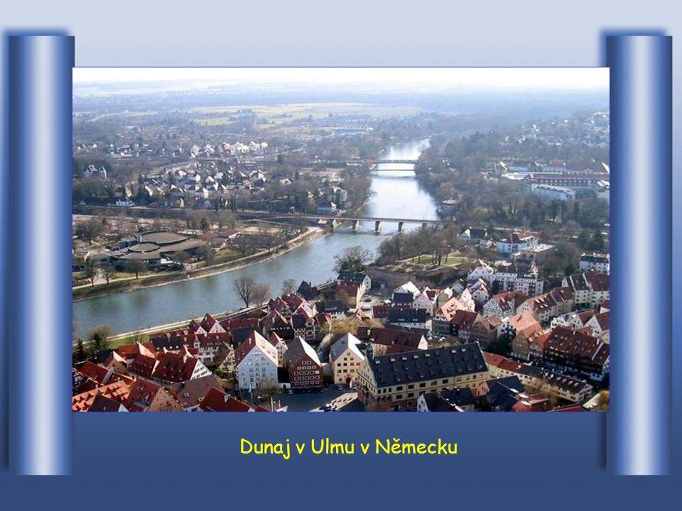 Tady v Donaueschingenu začíná Dunaj svou dlouhou cestu
