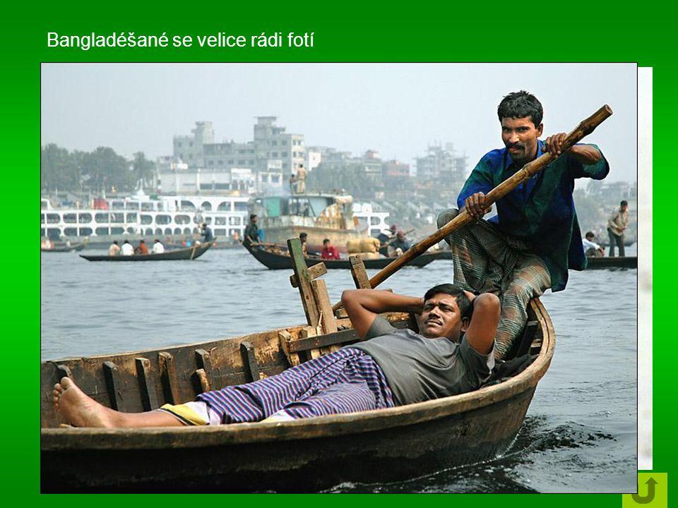 Bangladéšané se velice rádi fotí