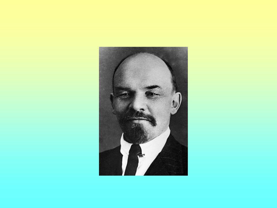 Stalin - 1927 – industrializace; 1928 kolektivizace; centrální plánování; zničen soukromý sektor Občanská válka – plánovaný hladomor Stachanovci – údernická práce