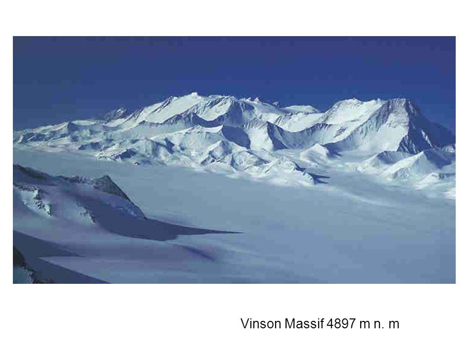 Vinson Massif 4897 m n. m