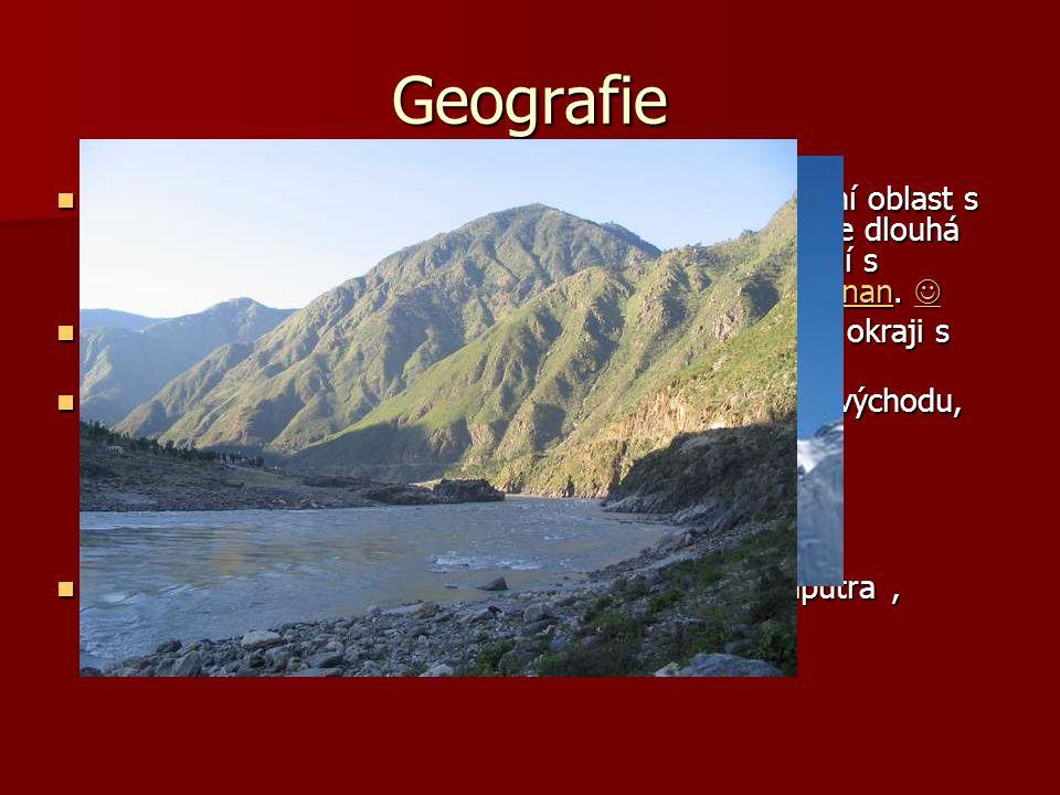 Geografie Směrem od jihu na západ hraničí Tibetská autonomní oblast s Myanmarem, Indií, Bhútánem, a Nepálem; hranice je dlouhá 4 000 km. Směrem od sev