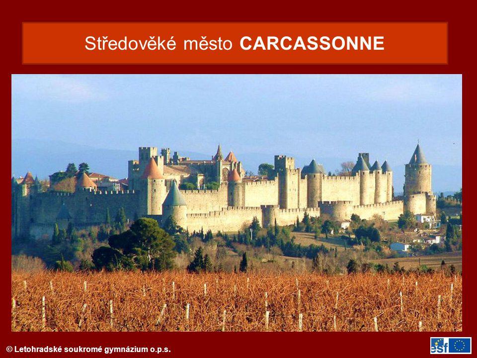 Středověké město CARCASSONNE