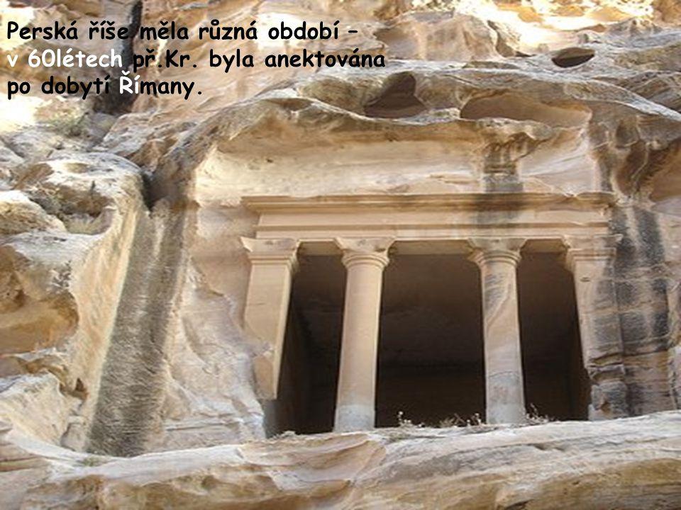 Pokud jde o Nubijce – je s podivem, že tito – ač Beduíni, tedy kmeny většinou kočující, takové dílo vytvořili. Snad to bylo vlivem jejich úspěchů i zk