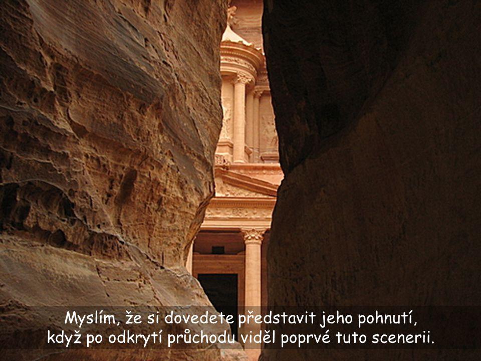 Po 600 létech se jednomu švýcarskému badateli podařilo nalézt průchod skalami.