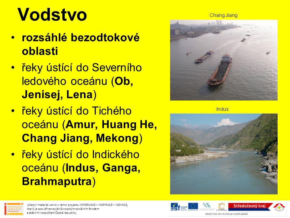 Vodstvo rozsáhlé bezodtokové oblasti řeky ústící do Severního ledového oceánu (Ob, Jenisej, Lena) řeky ústící do Tichého oceánu (Amur, Huang He, Chang
