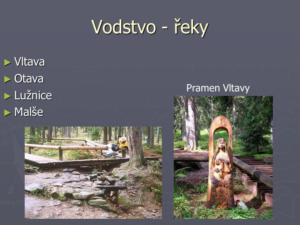 Český Krumlov ► Památka UNESCO 1992. ► Protéká Vltava.
