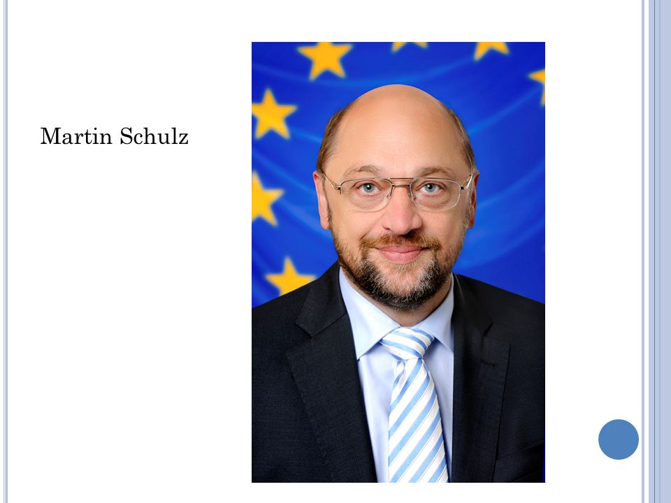 POSLANCI EVROPSKÉHO PARLAMENTU 751 poslanců zvolených ve 28 členských státech EU, voleni na 5 let hlasovací právo od 18 let, rovnost mužů a žen, tajné hlasování, Rakousko – hlasování od 16 let společná pravidla : všeobecné přímé hlasování, pravidlo poměrného volebního systému a obnovitelné pětileté funkční období každý členský stát má pevný počet míst, nejvýše 96 a nejméně 6 zastoupení mužů a žen – neustále se zvyšuje, v současnosti je 1/3 poslankyň poslanci tvoří skupiny podle své politické příslušnosti ČR – 21 poslanců, př.
