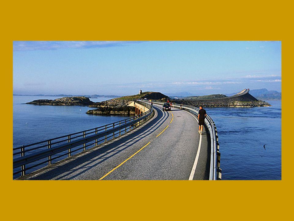 Hlavním milníkem na silnici je právě most Storseisundet, nejdelší ze všech (260 m), na kterém jsou dramatické křivky.