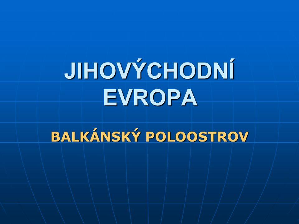 Historické souvislosti Po 2.SV vzniká federace 6 svazových republik – Jugoslávie Po 2.SV vzniká federace 6 svazových republik – Jugoslávie Do r.