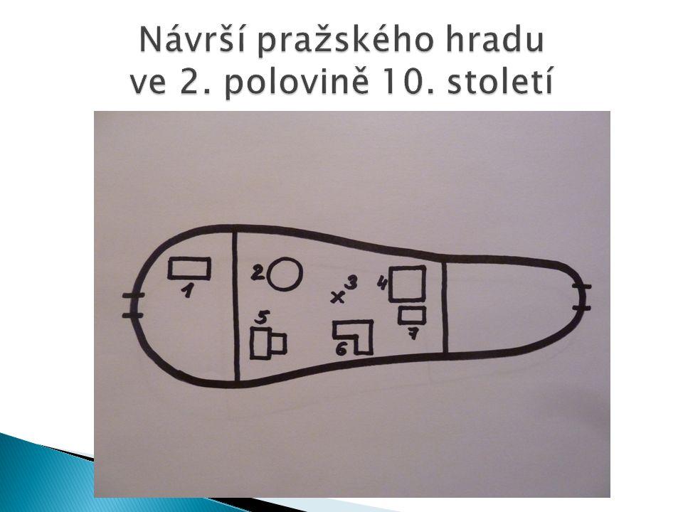  Členitý skalní ostroh, vyprahlé místo – Praha 1.