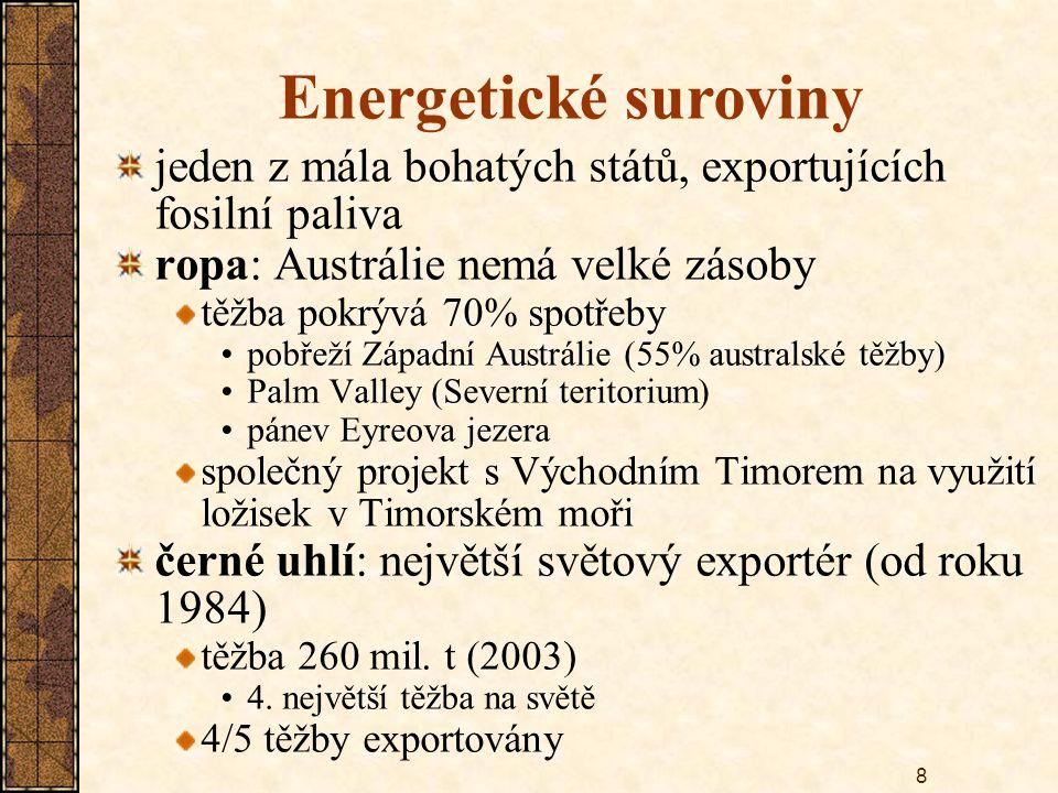 19 Zemědělství Austrálie - 35% světové produkce vlny export: Japonsko, Evropa skopové maso + živé ovce: na Blízký Východ skot – extenzivní chov export hlavně do USA a Japonska na mléko – jen Tasmánie, Viktorie (vlhké obl.) pšenice – 60% orné půdy hlavní produkční oblast: pánev Murray-Darling exportní plodiny: cukr (třtina), rýže, bavlna – pobřeží Queenslandu a N.J.Walesu banány, ananas – severní tropická oblast citrusy, olivy – vlhké oblasti na jihovýchodě