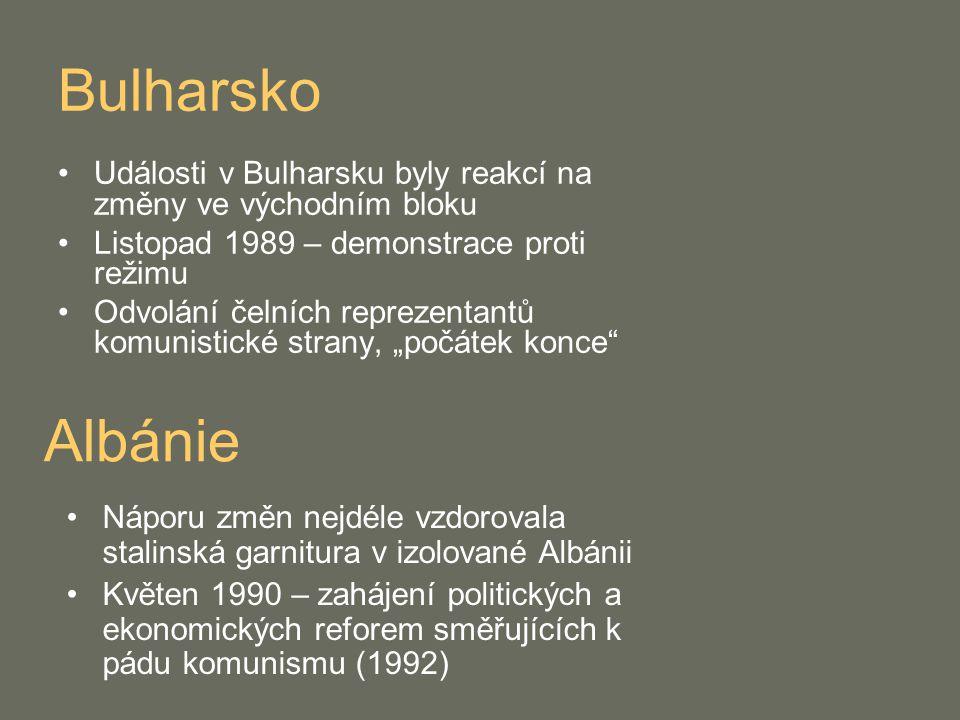 Bulharsko Události v Bulharsku byly reakcí na změny ve východním bloku Listopad 1989 – demonstrace proti režimu Odvolání čelních reprezentantů komunis