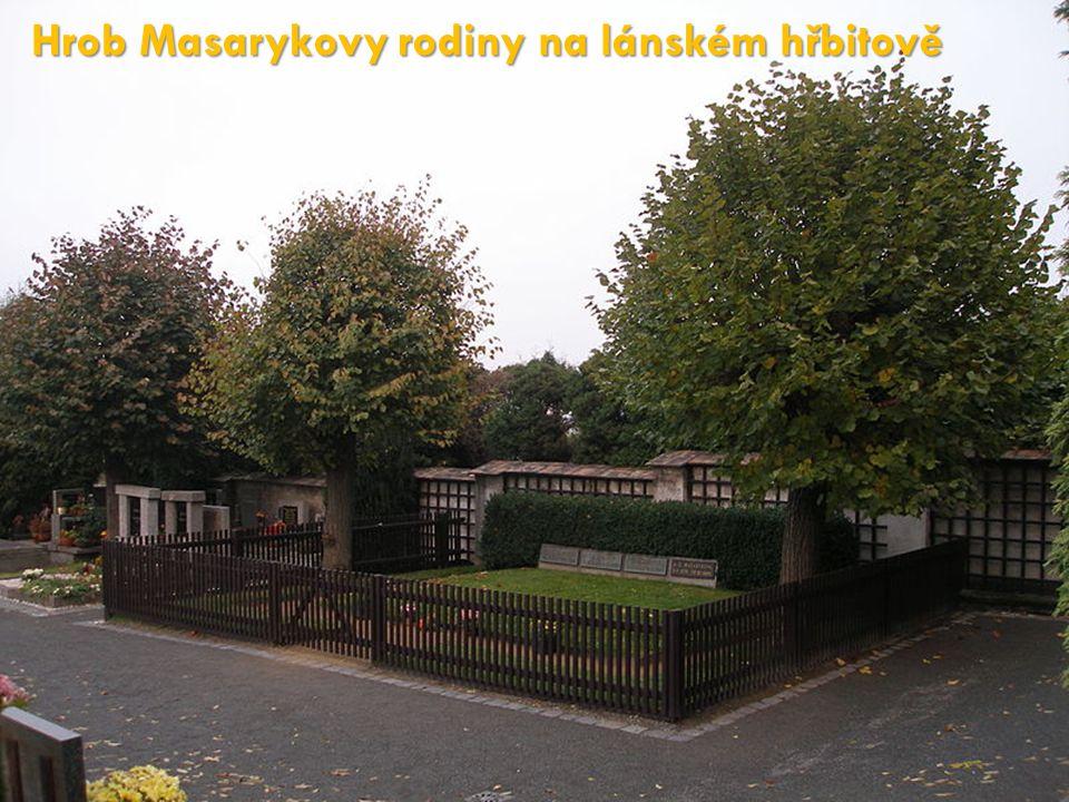 Hrob Masarykovy rodiny na lánském hřbitově