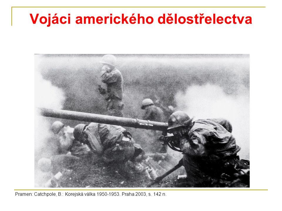 Vojáci amerického dělostřelectva Pramen: Catchpole, B.: Korejská válka 1950-1953. Praha 2003, s. 142 n.