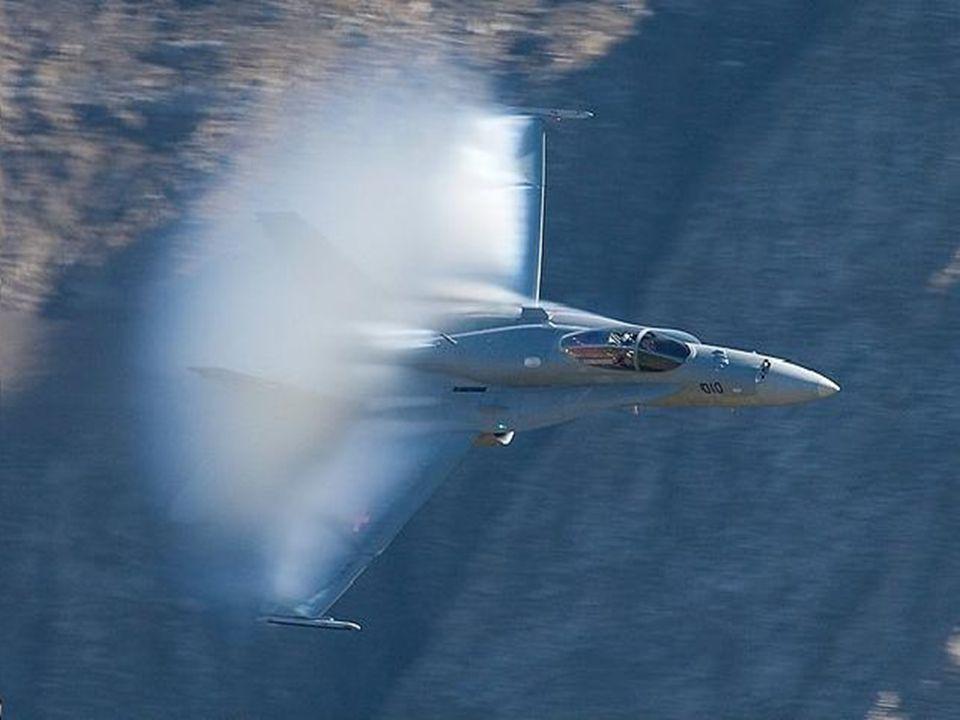 Dnes jsou podmínky nejlepší, aby se zabránilo kondenzaci mraků kolem tak aby bylo možné odhalit letadlo