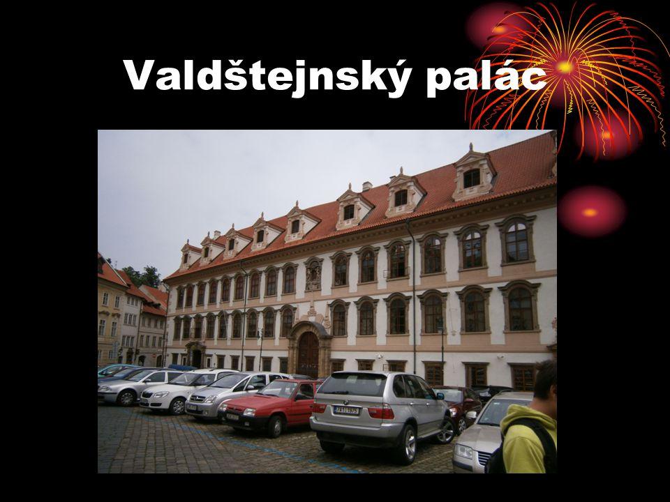 Valdštejnský palác