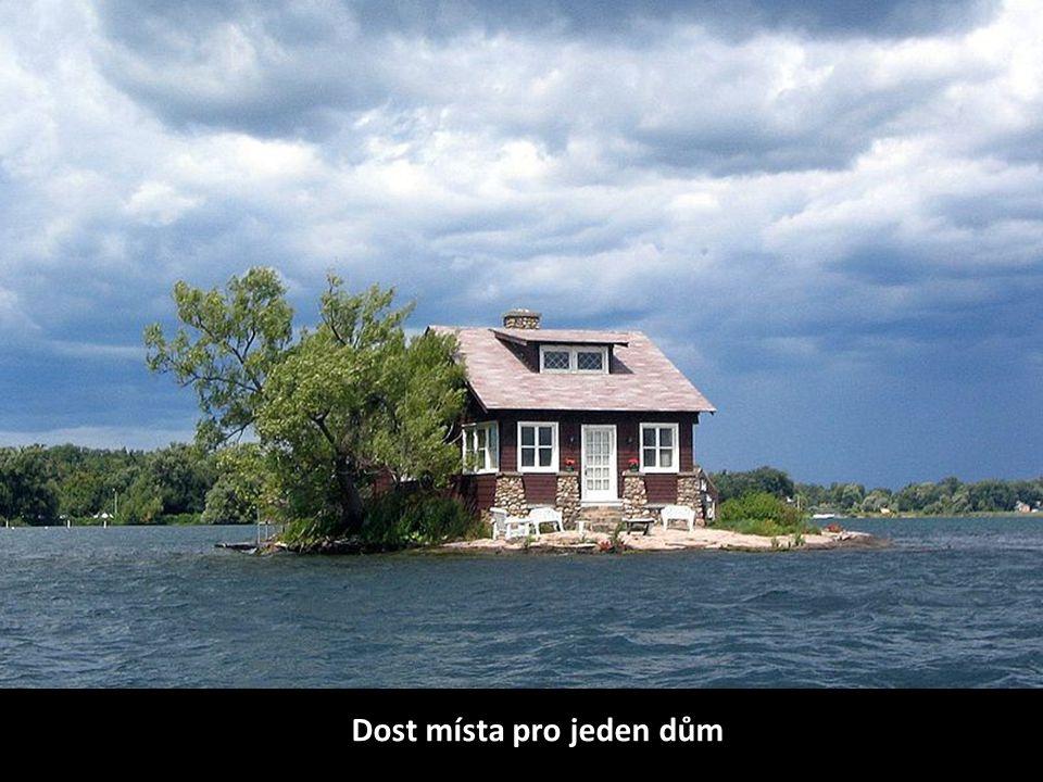 Dost místa pro jeden dům
