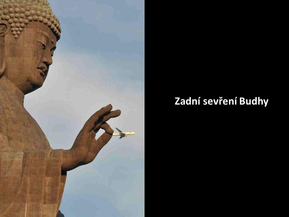 Zadní sevření Budhy