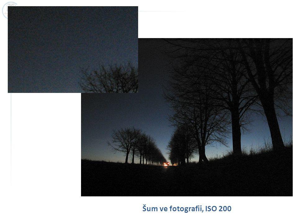 Šum ve fotografii, ISO 200