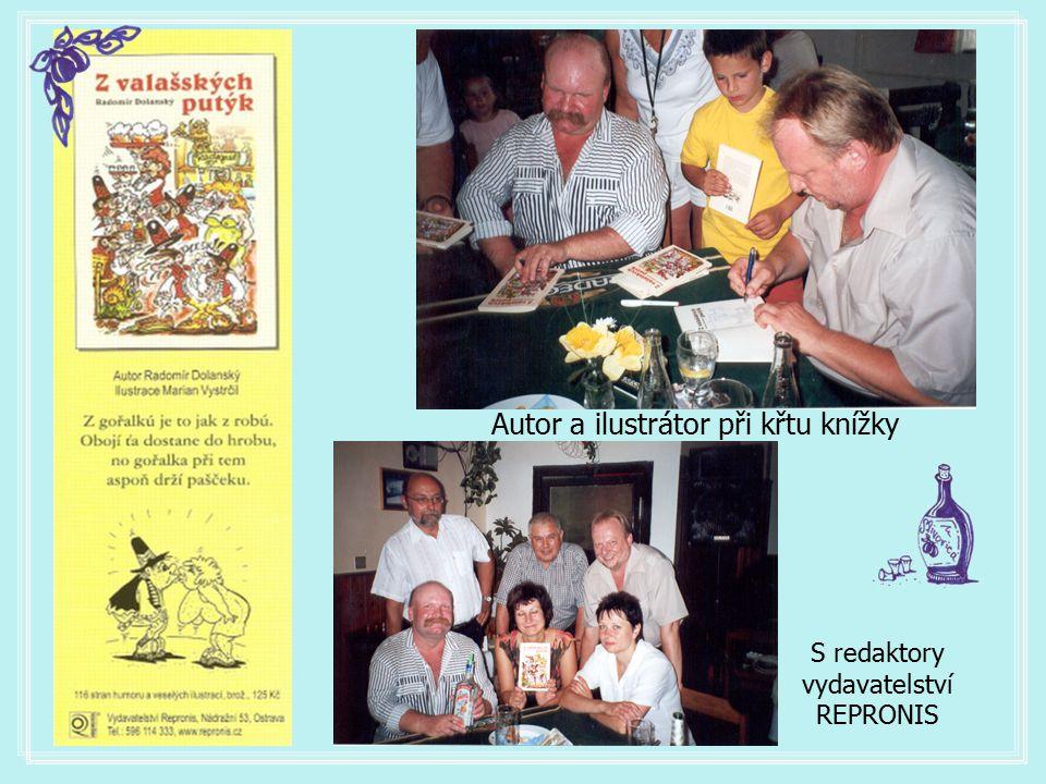 Autor a ilustrátor při křtu knížky S redaktory vydavatelství REPRONIS