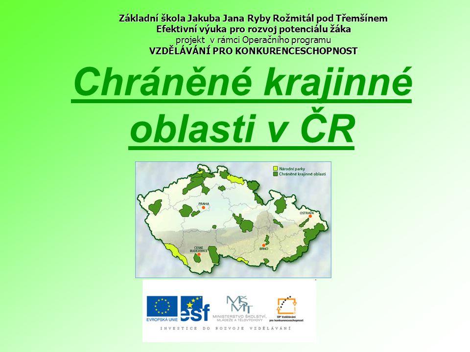 CHKO Blaník nejmenší chráněná krajinná oblast naší republiky ústřední dominantou je památná hora Blaník.