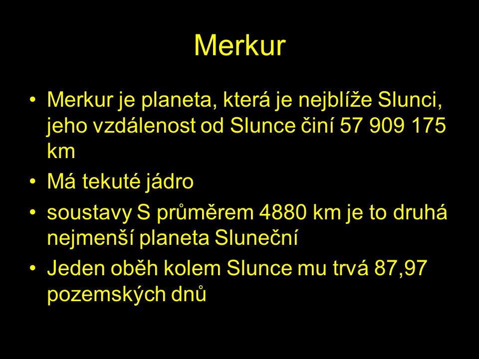 Vzhledem k pomalé rotaci Merkuru kolem vlastní osy trvá den na Merkuru dvakrát déle než oběh Slunce Je to skalnatá planeta, posetá krátery podobně jak