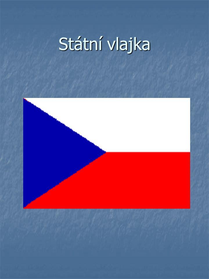 horní pruh vlajky je bílý horní pruh vlajky je bílý dolní pruh je červený dolní pruh je červený mezi pruhy je vsunut žerďový modrý klín do poloviny délky vlajky mezi pruhy je vsunut žerďový modrý klín do poloviny délky vlajky poměr šířky vlajky k její délce je 2:3 poměr šířky vlajky k její délce je 2:3