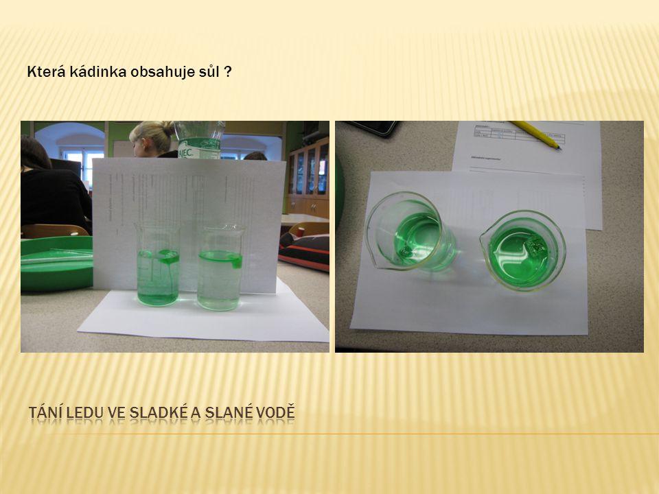 http://www.stream.cz/uservideo/578488-zrychlene-tani-ledu Zahříváme-li těleso z krystalické látky (led, krystalky sody, kov, …) zvyšuje se jeho teplota a po dosažení teploty tání se pevná látka mění na kapalinu téže teploty.