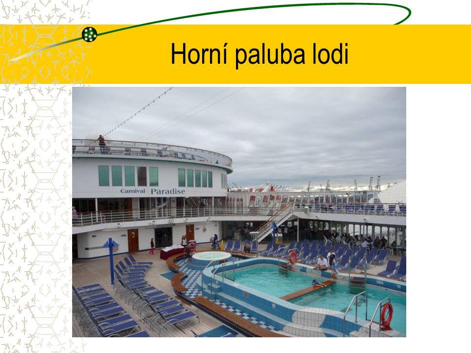 Horní paluba lodi