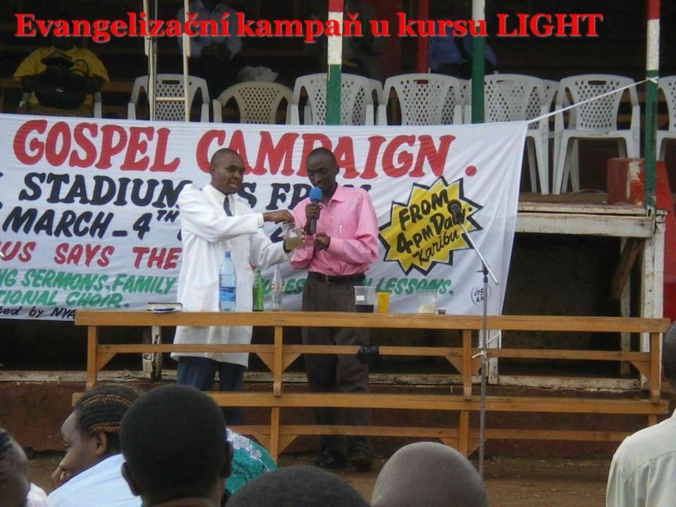 Evangelizační kampaň u kursu LIGHT