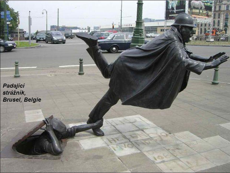 Padající strážník, Brusel, Belgie