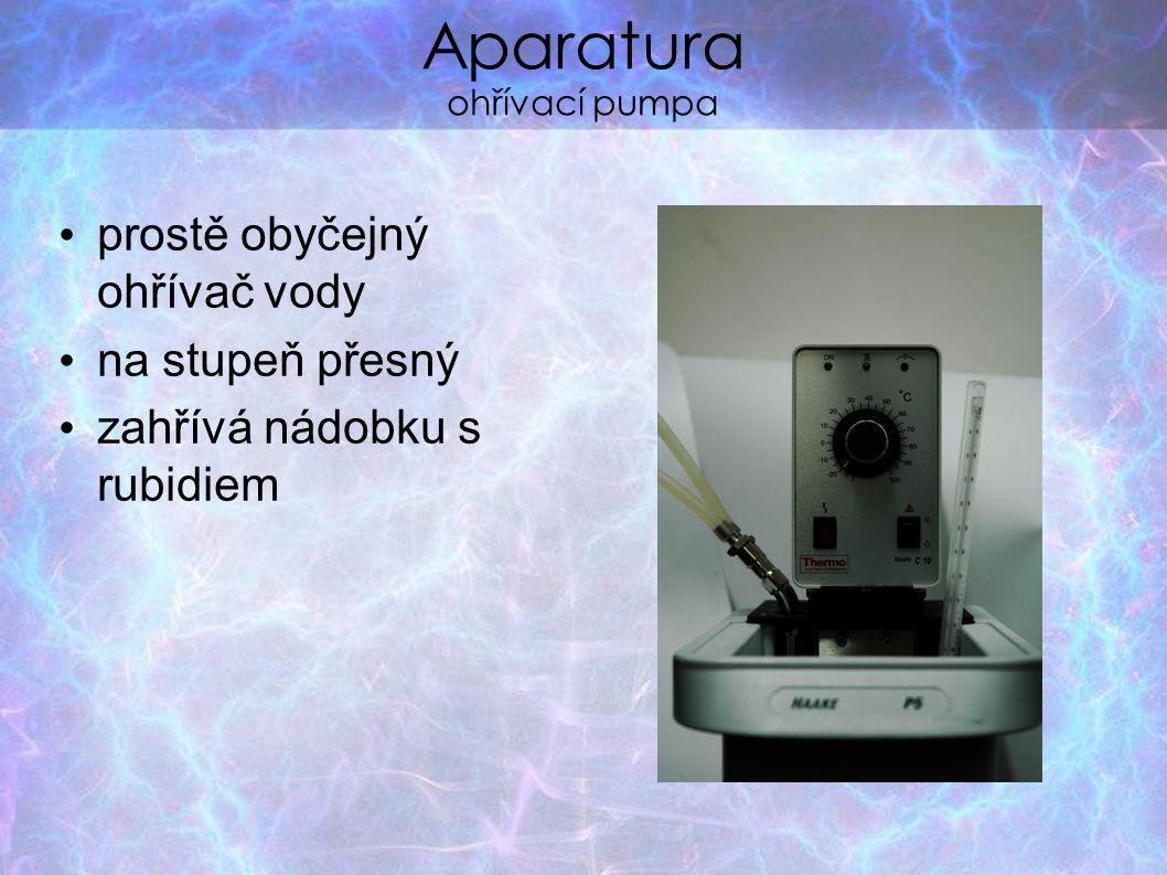 Aparatura ohřívací pumpa prostě obyčejný ohřívač vody na stupeň přesný zahřívá nádobku s rubidiem