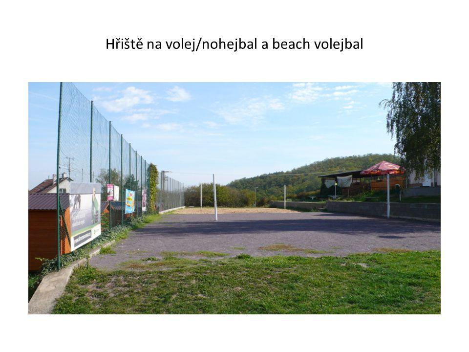 Hřiště na volej/nohejbal a beach volejbal