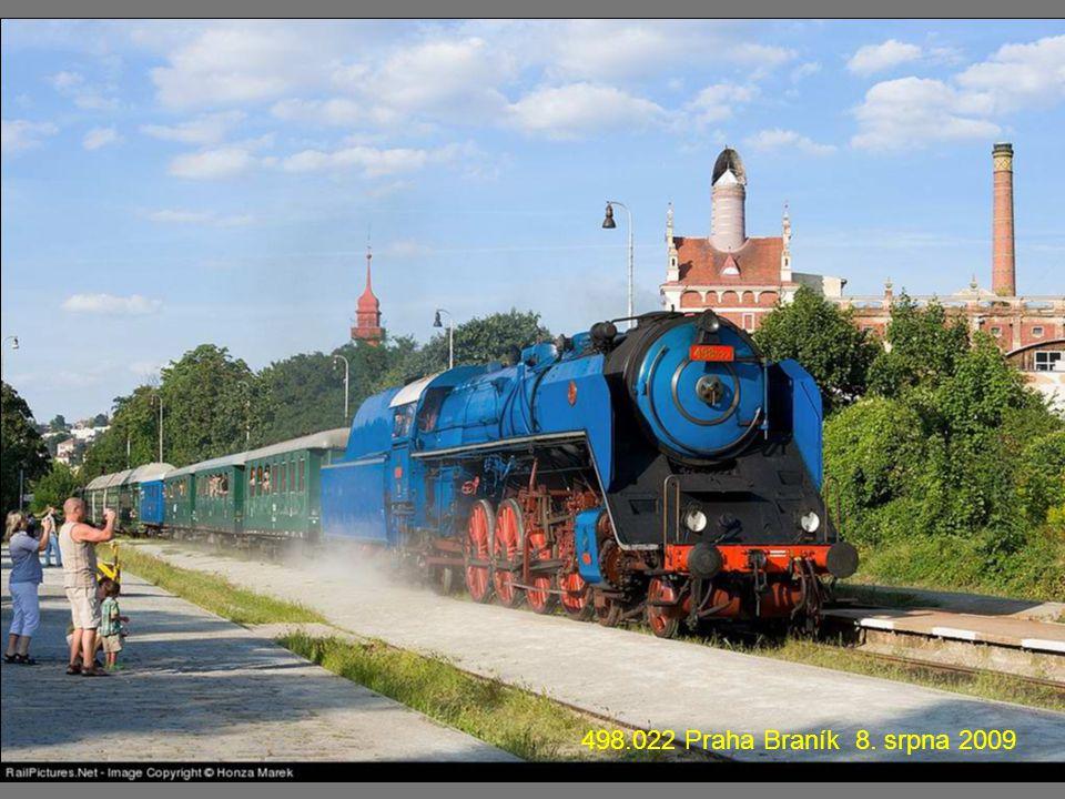 475.101 na mostě přes řeku Jihlavu mezi stanicemi Moravské Bránice – Moravský Krumlov 8. května 2009.